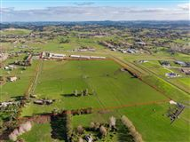 Approx 51 acres prime land in the heart of Dairy Flat, bordering the North Shore Aeropark and North Shore Aero Clu mansions
