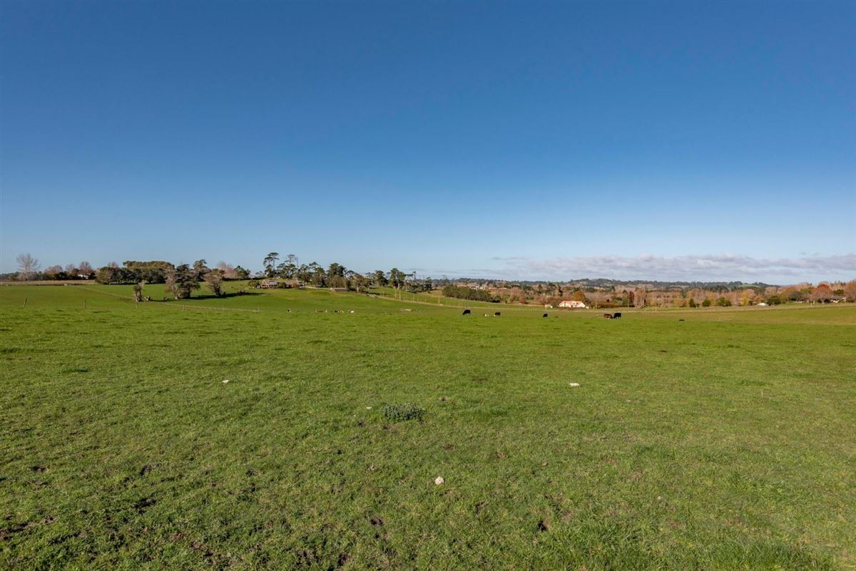 Approx 51 acres prime land in the heart of Dairy Flat, bordering the North Shore Aeropark and North Shore Aero Clu luxury homes