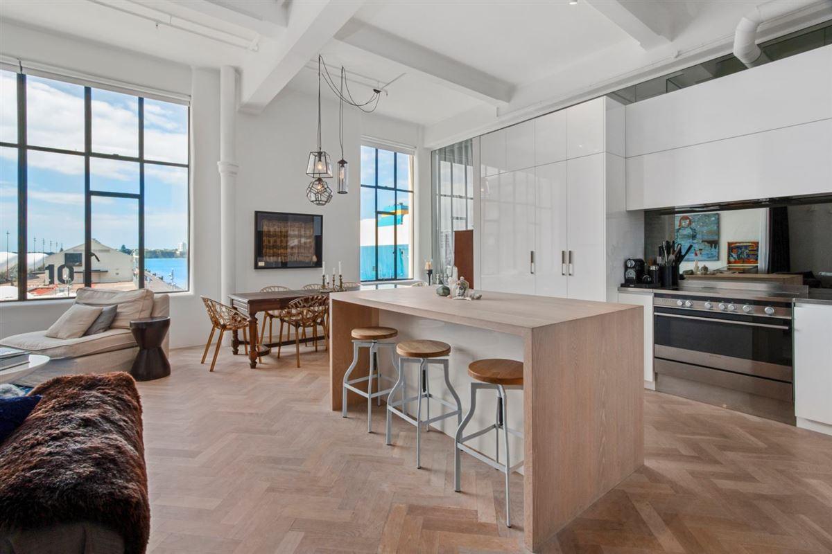 A Breathtaking Manhattan Loft Style Apartment New Zealand Luxury