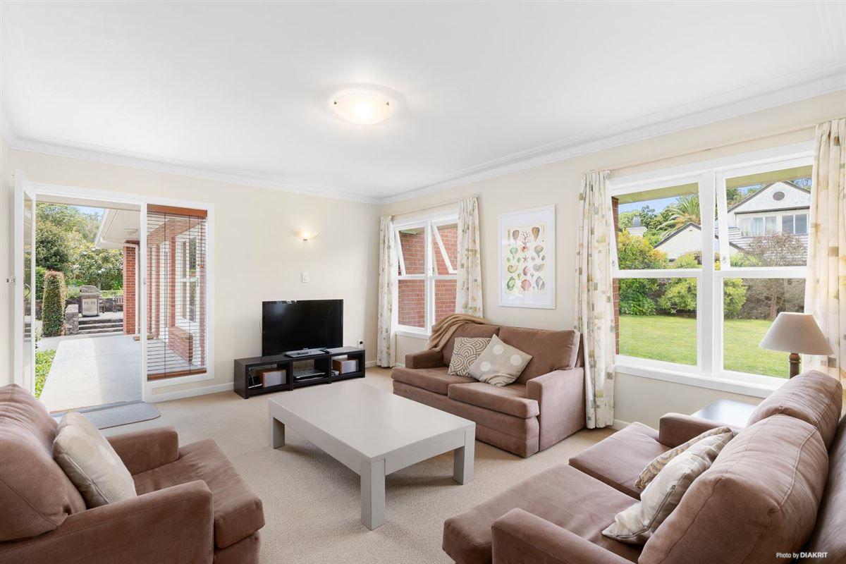 Beautifully presented and renovated home luxury properties