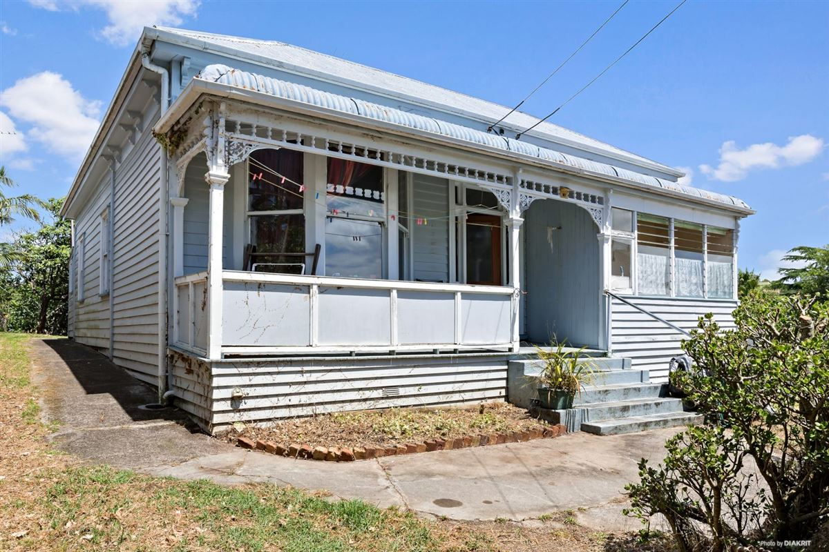 Luxury real estate One of the last big pieces of land in Ponsonby
