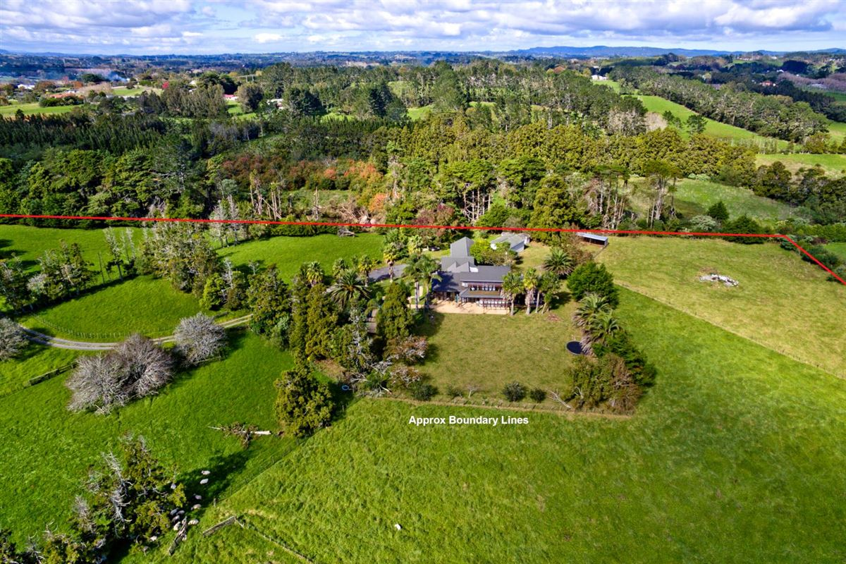Fantastic potential in kumeu luxury real estate