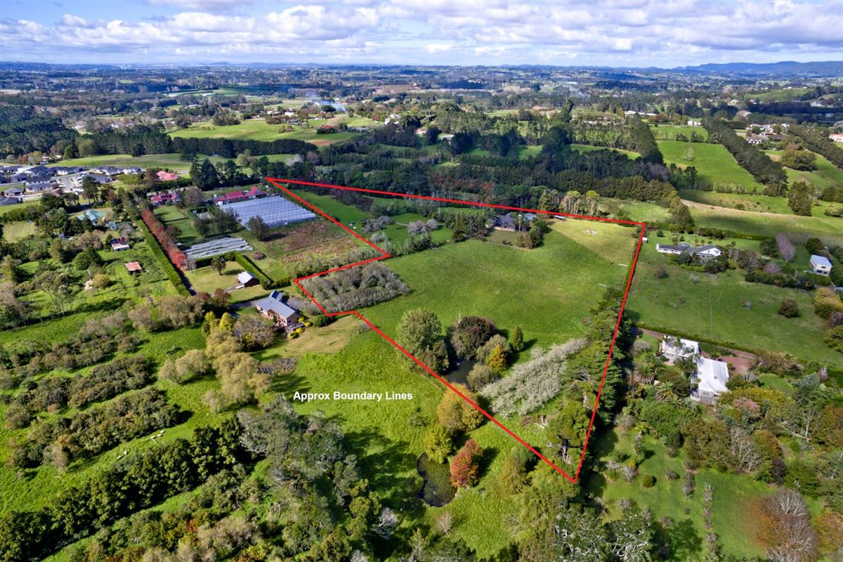 Mansions Fantastic potential in kumeu