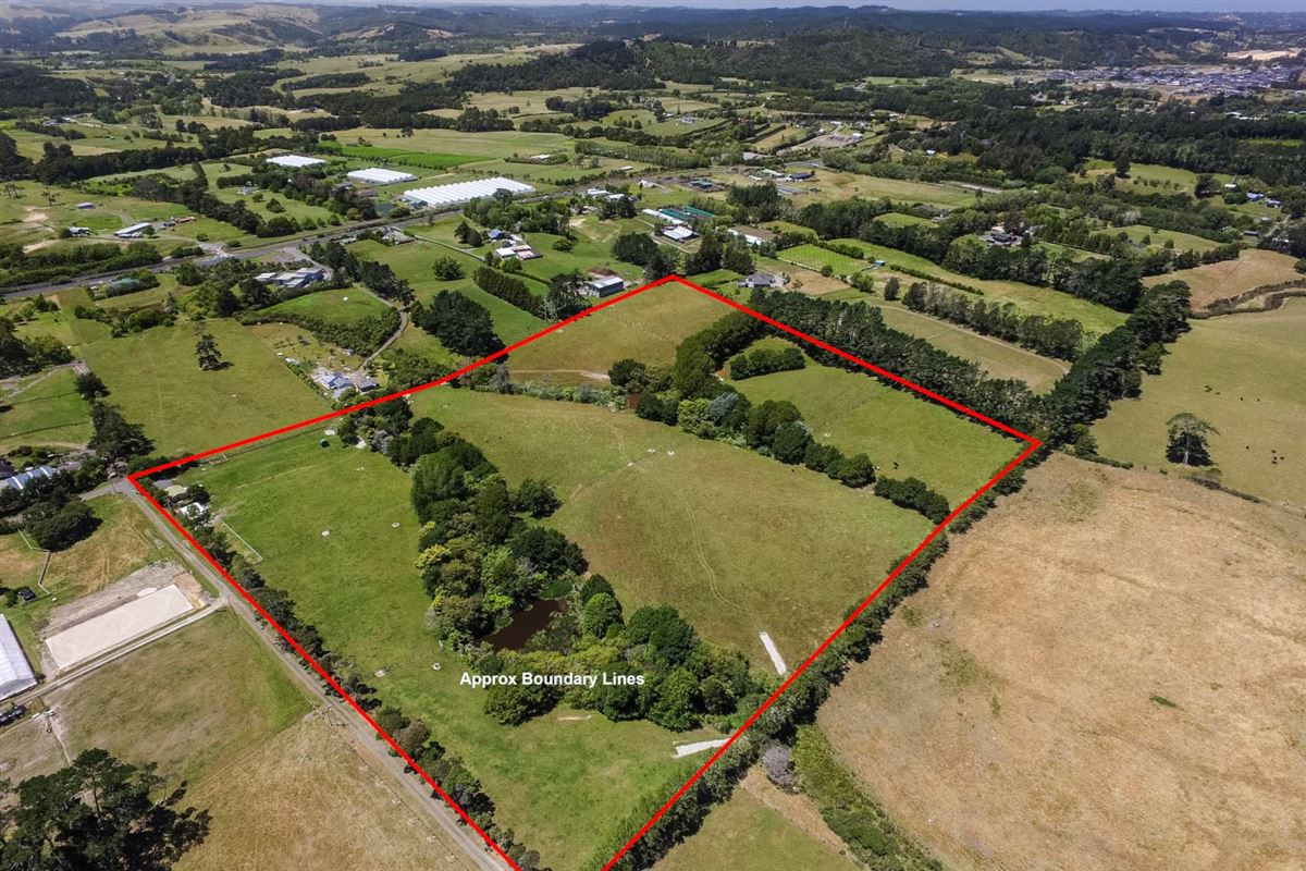 Luxury homes Expansive property in the Countryside of Kumeu