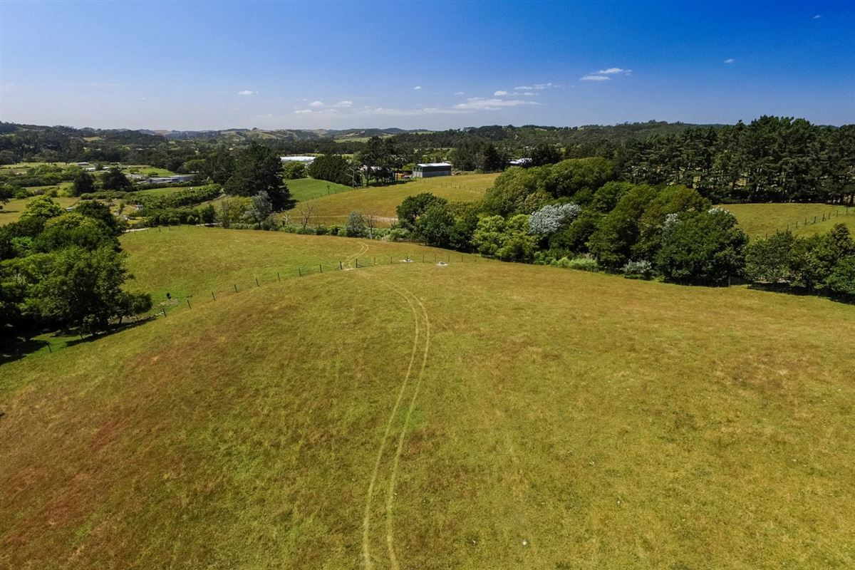 Mansions Expansive property in the Countryside of Kumeu