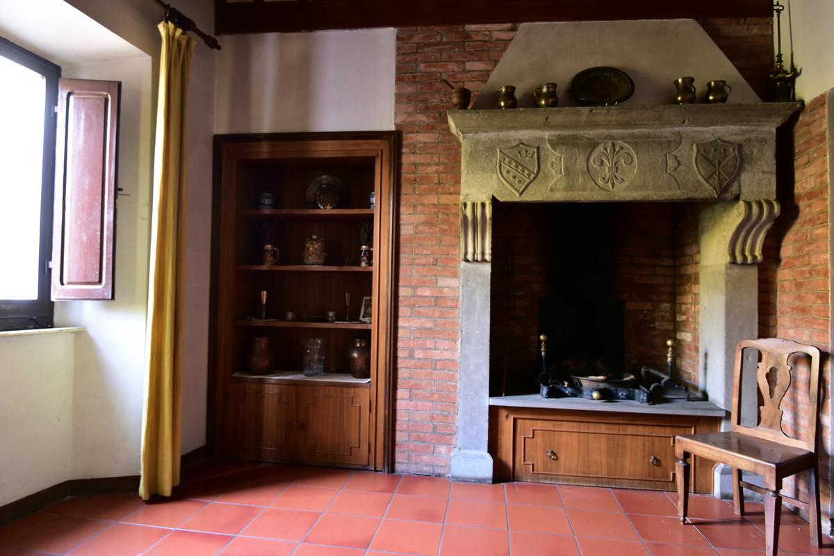Luxury homes IL CASTELLO VAl D ORCIA TUSCANY