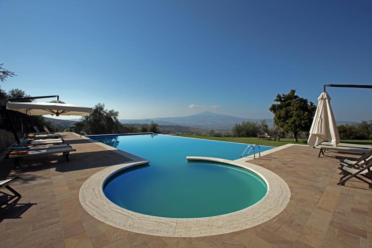 Luxury homes  countryhouse with panoramic views valdorcia