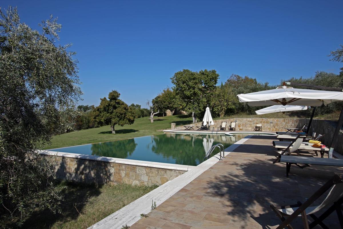 countryhouse with panoramic views valdorcia luxury homes