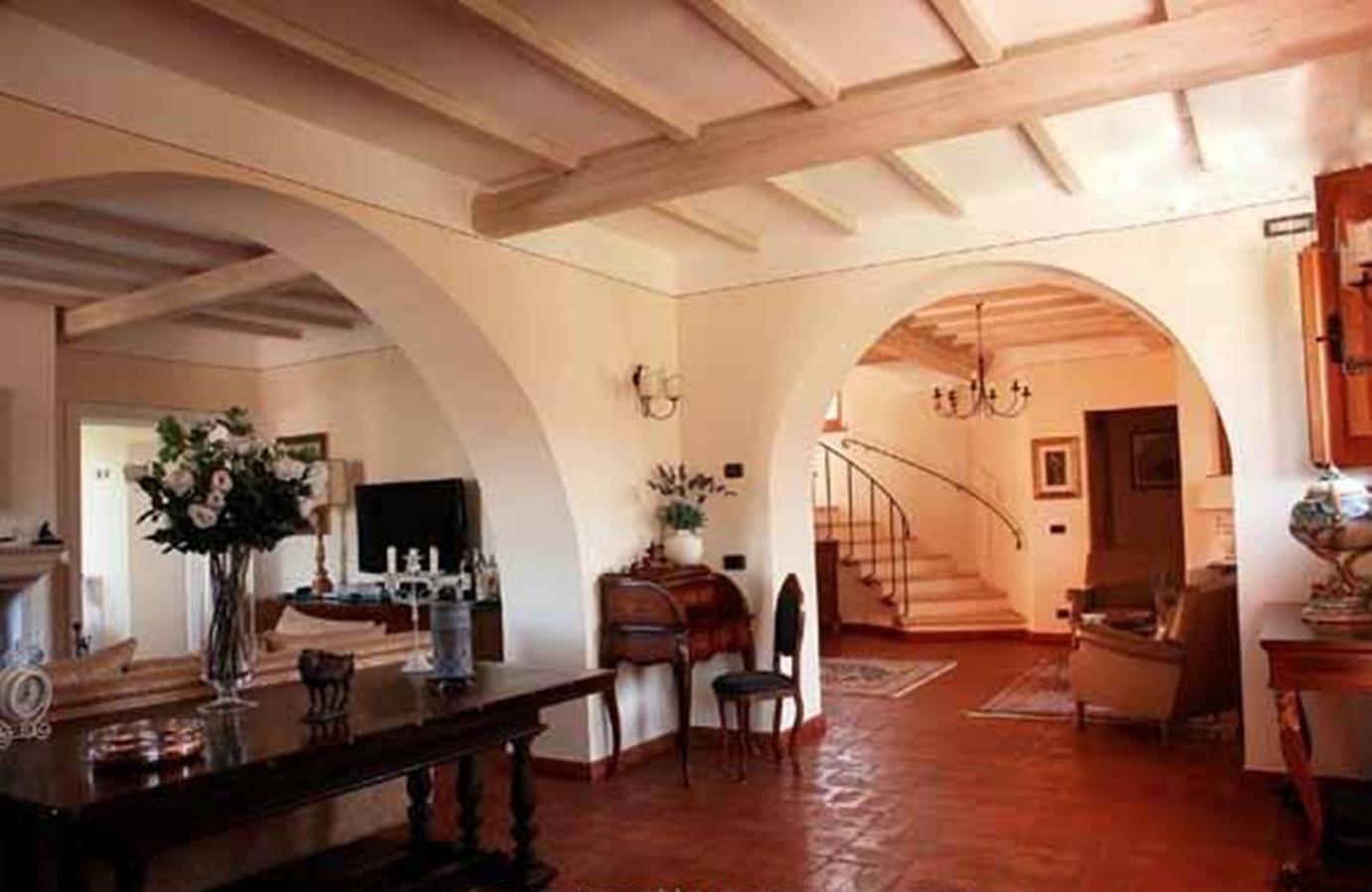 Luxury homes in  VILLA IL MELOGRANO TUSCANY
