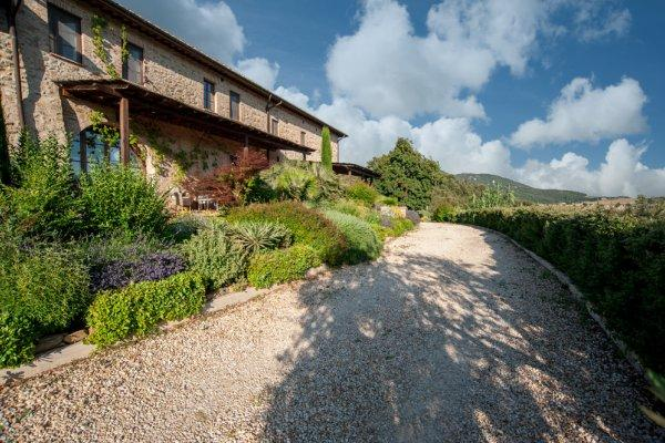 Hamlet for Sale in the Heart of Tuscany luxury homes