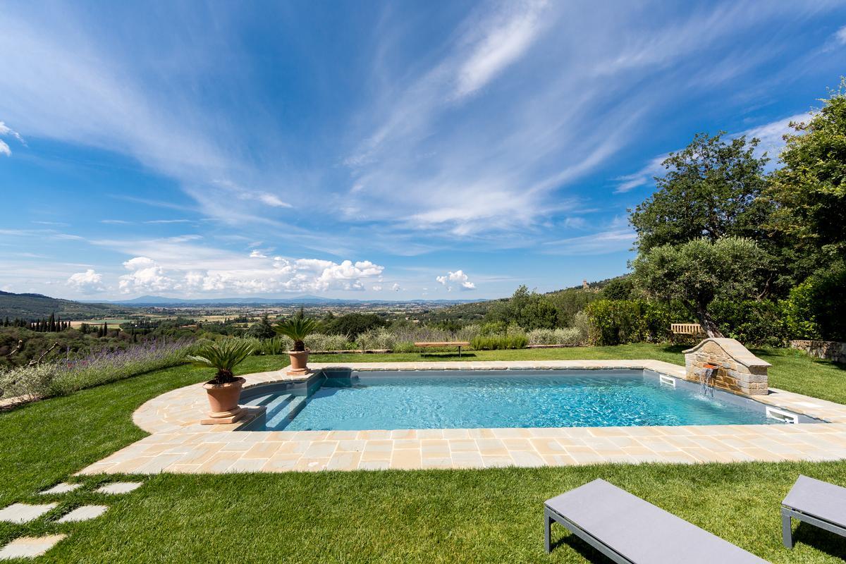 Luxury real estate CASALE BELVEDERE
