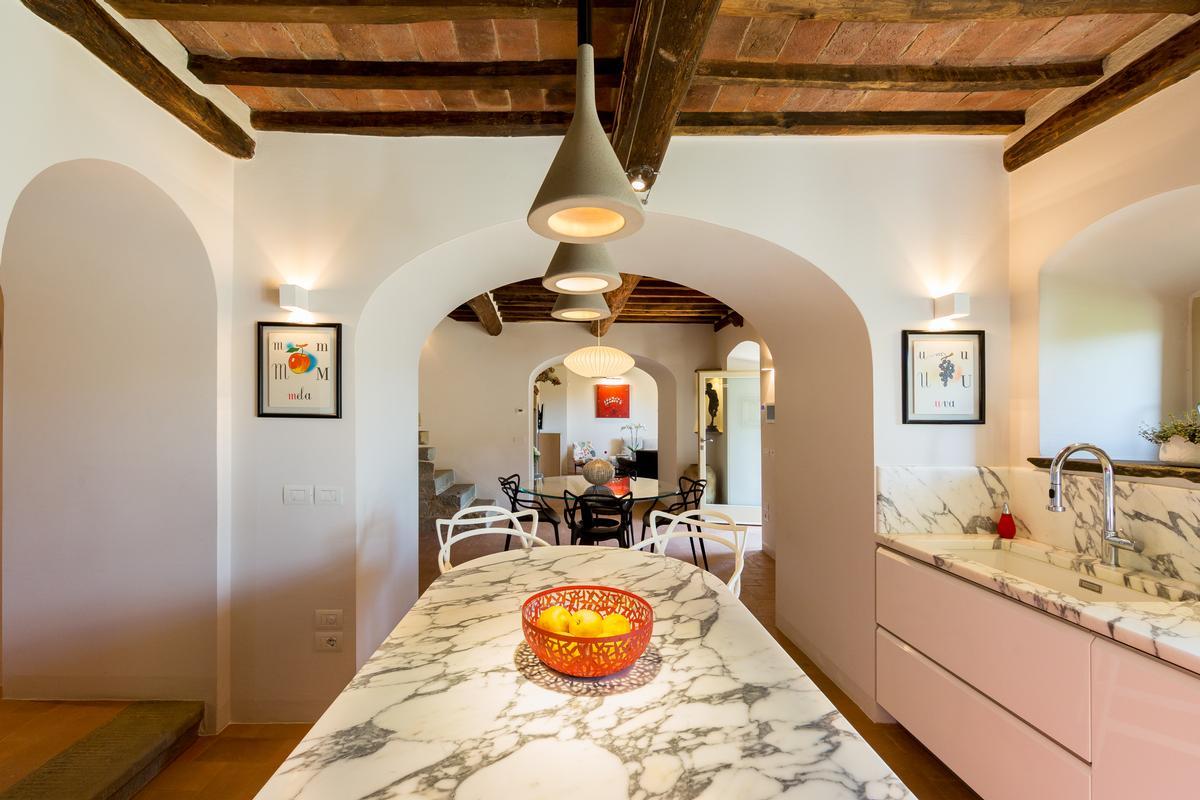 CASALE BELVEDERE luxury homes