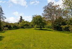 Luxury properties A superb modern home in an edge of village location
