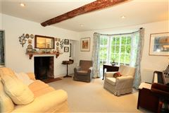 Luxury properties Bank Farm