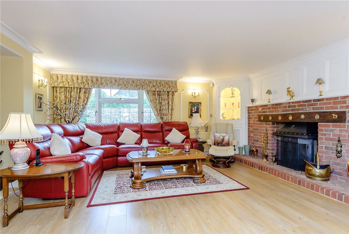 Luxury real estate excellent proportions and beautifully presented throughout