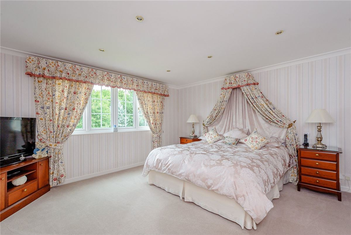 excellent proportions and beautifully presented throughout luxury real estate
