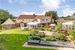 excellent proportions and beautifully presented throughout luxury homes