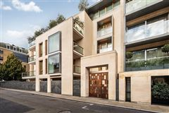 exceptional three bedroom lateral apartment luxury homes