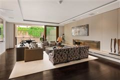 Luxury real estate exceptional three bedroom lateral apartment