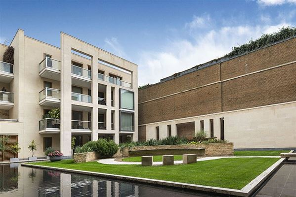 exceptional three bedroom lateral apartment luxury properties