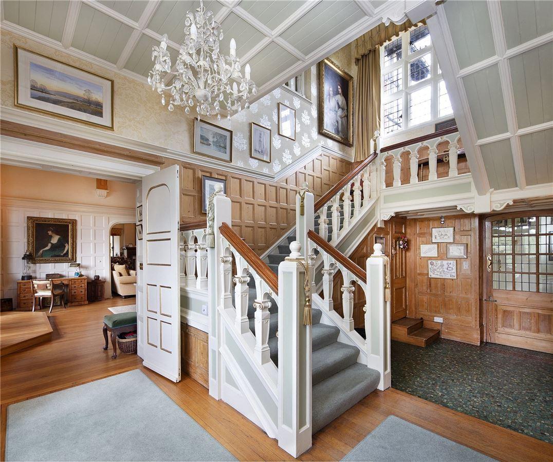 Shillingford Court luxury homes
