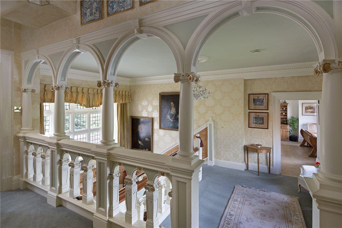 Shillingford Court luxury real estate