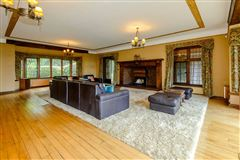 Luxury real estate Whitwell Down