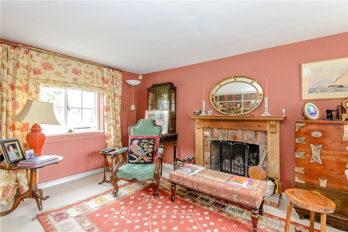 Luxury properties lovely cottage in the picturesque Candover Valley
