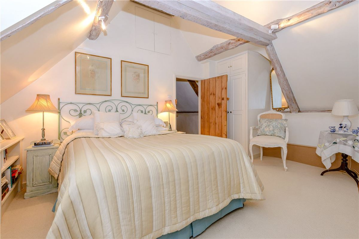 Luxury homes in lovely cottage in the picturesque Candover Valley