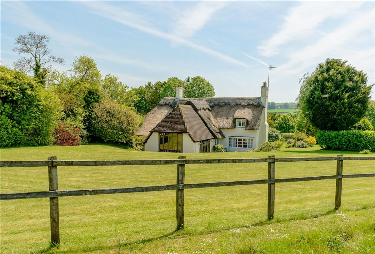 Luxury homes lovely cottage in the picturesque Candover Valley