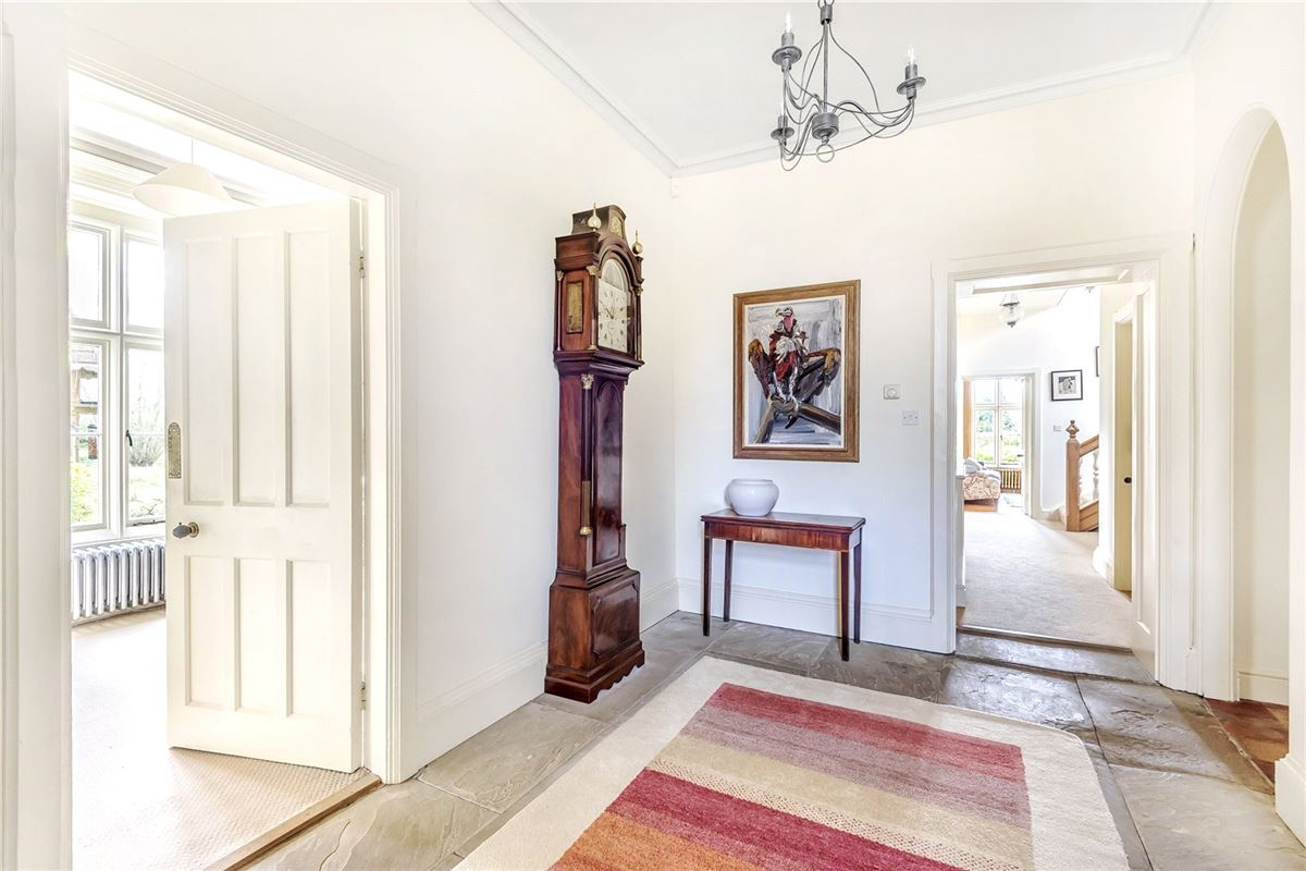 Mansions A charming country house in east tuddenham