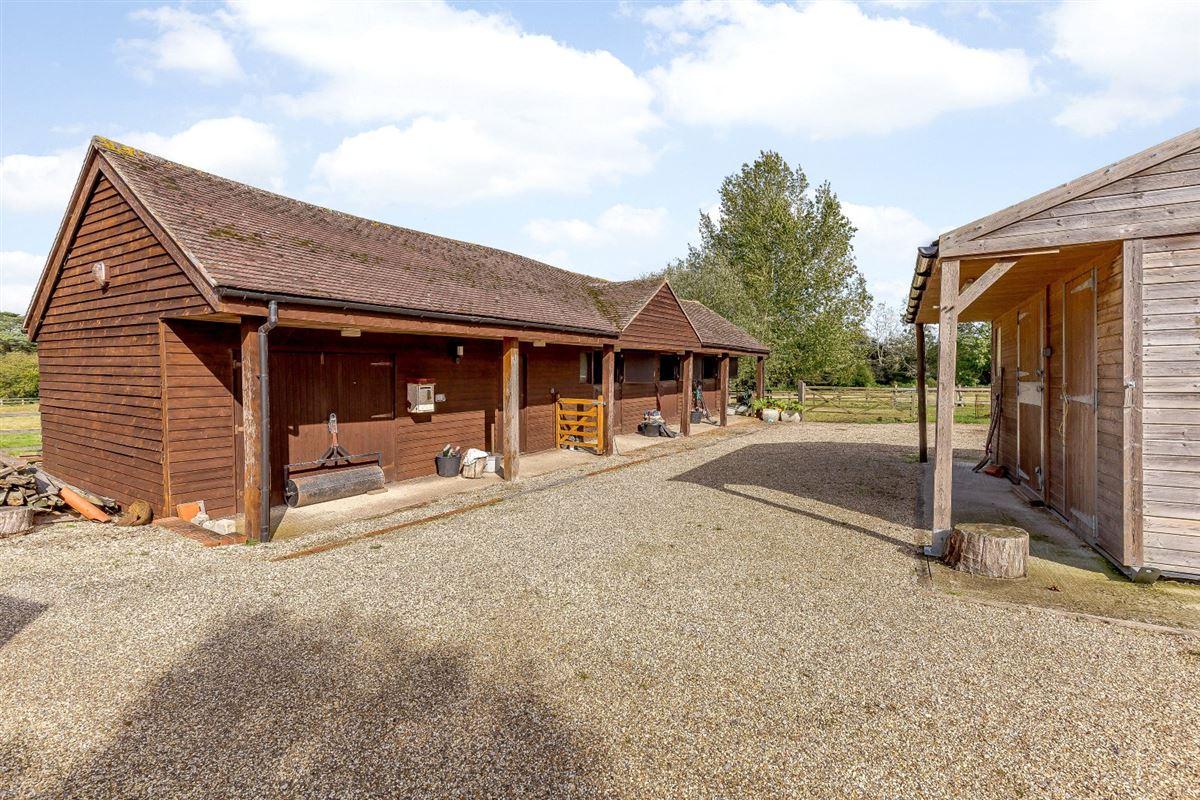 Hillcourt Lodge luxury homes
