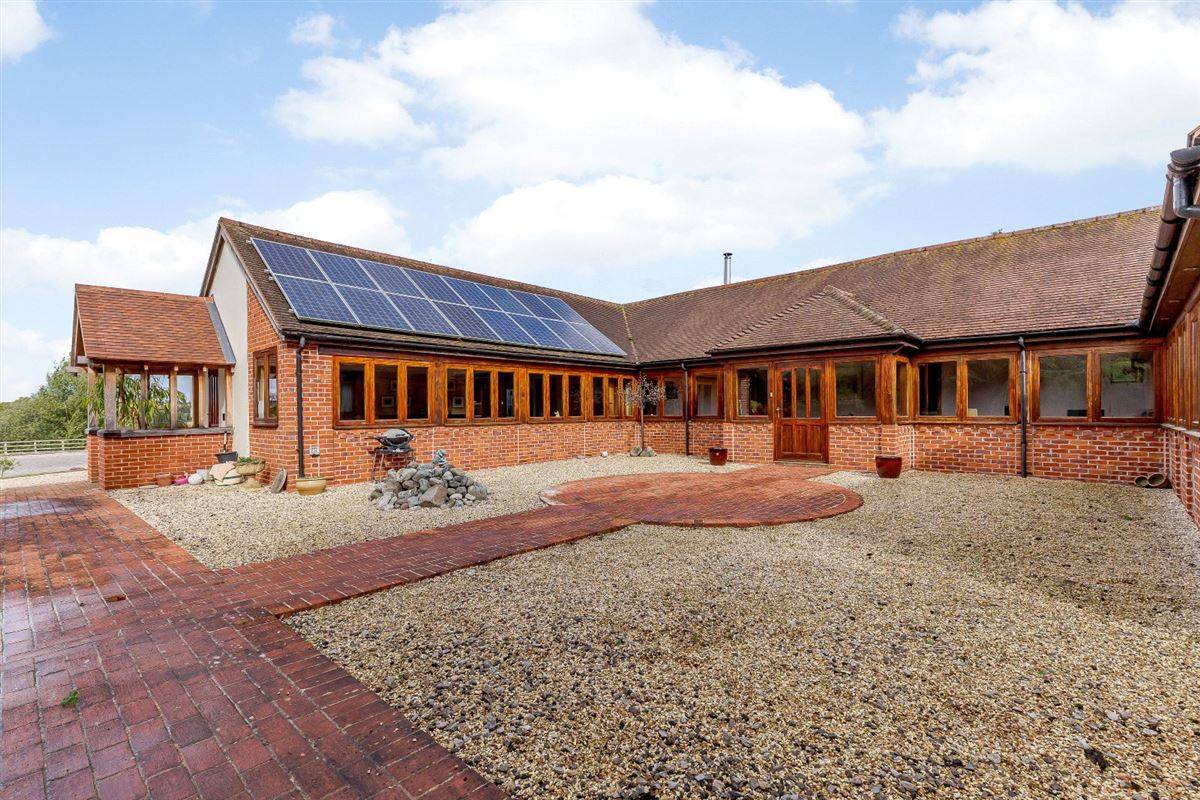Hillcourt Lodge luxury properties