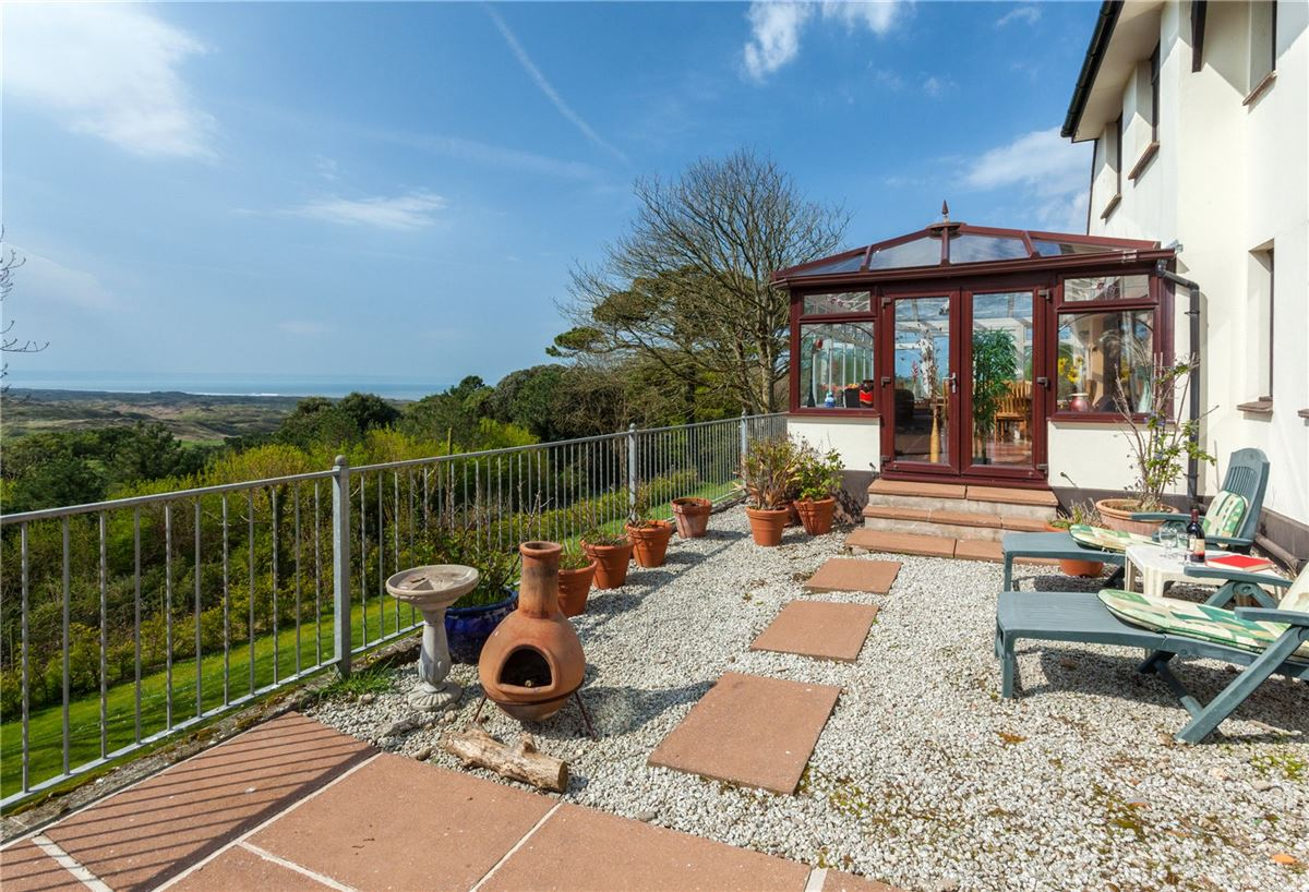 Luxury properties an impressive property with magnificent uninterrupted views towards the coast