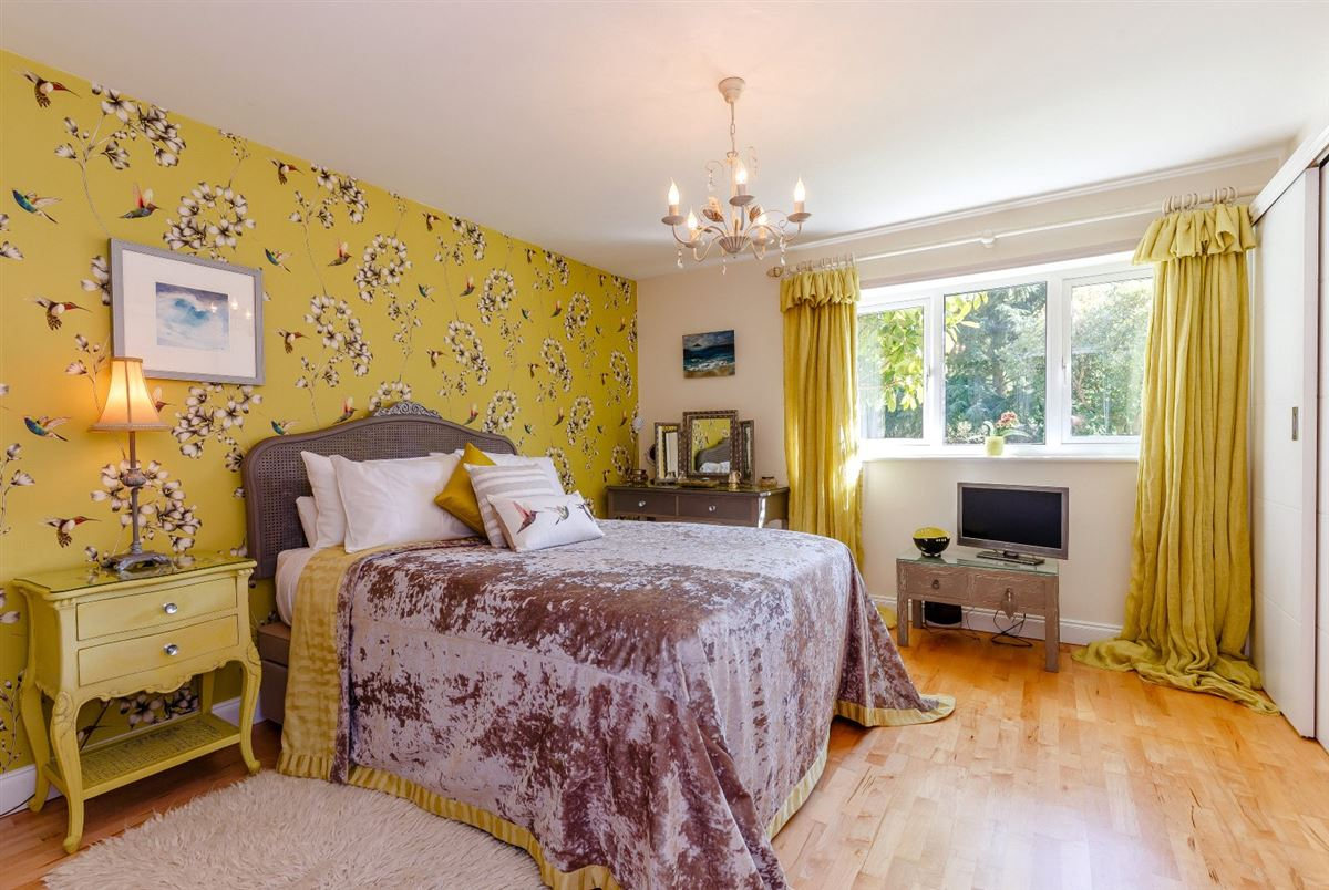 an attractive and spacious property beautifully sited mansions