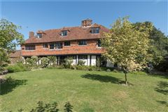 Luxury homes A wonderful and historic farmhouse with traditional stables and a Kentish barn