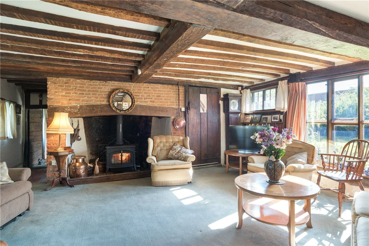 Luxury properties A wonderful and historic farmhouse with traditional stables and a Kentish barn