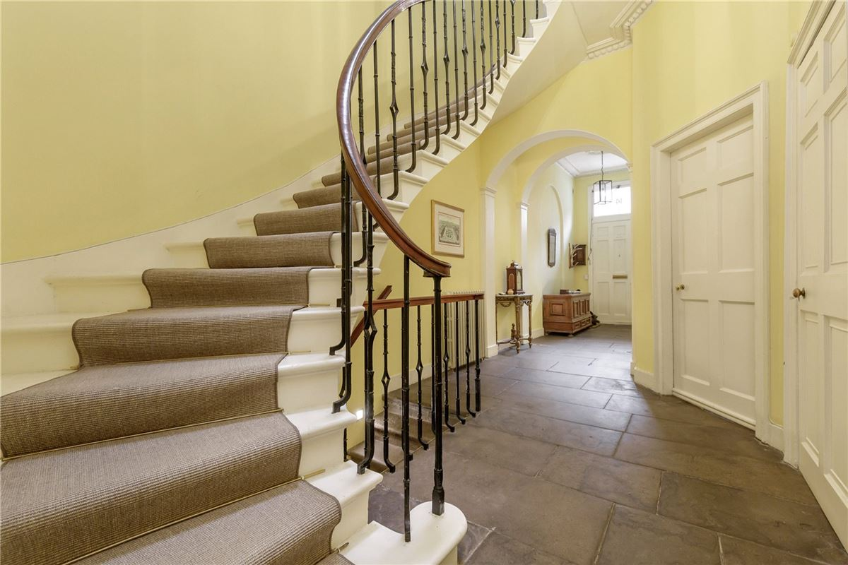 exceptional six bedroom full townhouse luxury real estate