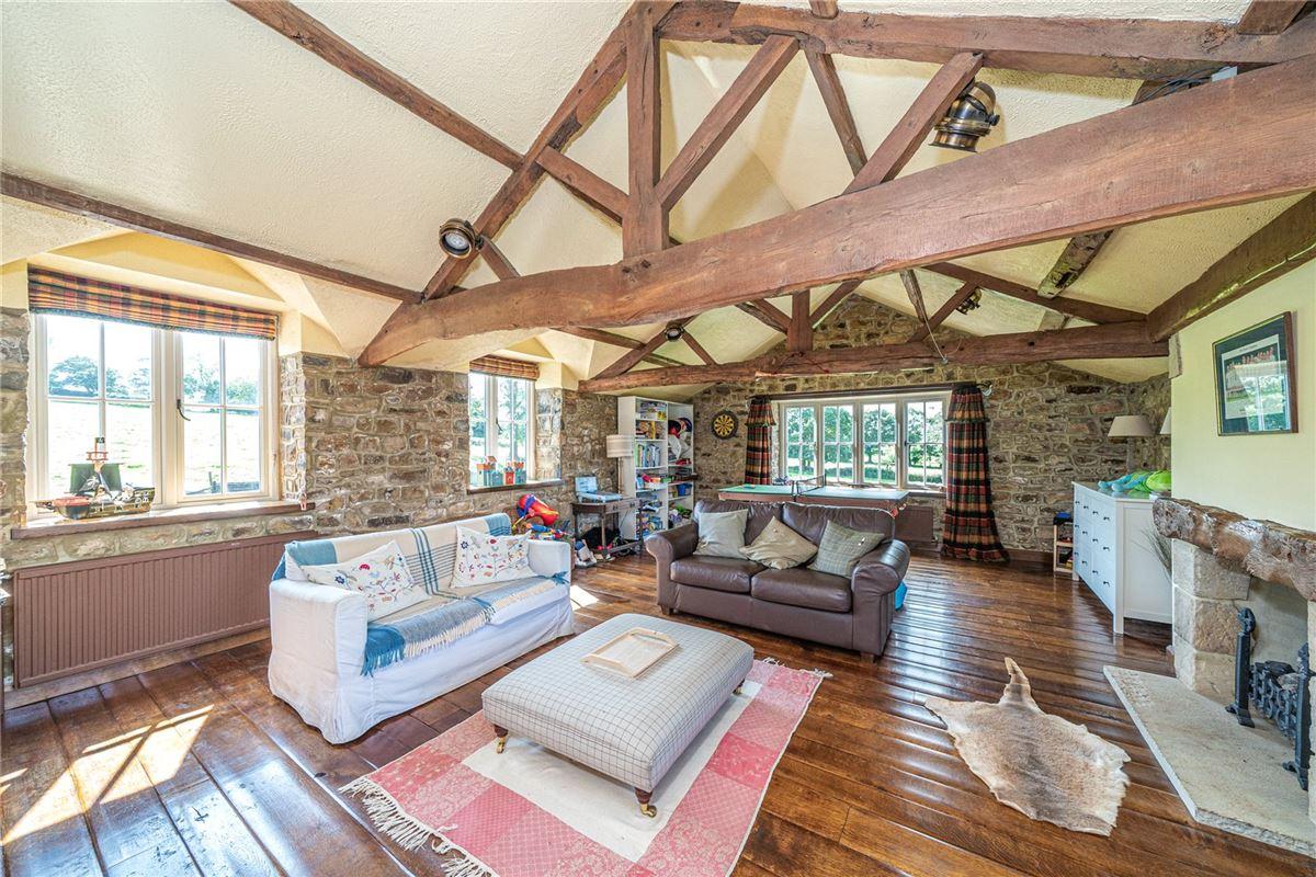 Luxury properties Barton House