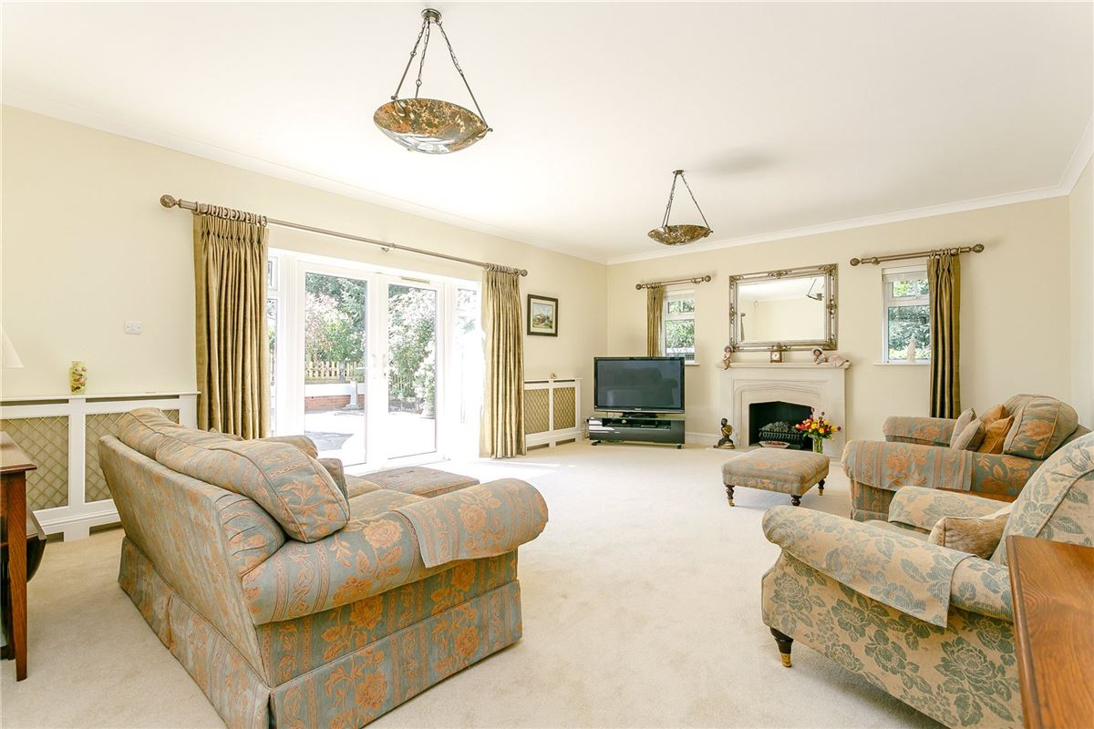 Luxury properties An attractive and truly immaculate small estate