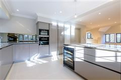 Mansions in An impressive apartment with lovely open plan and delightful balcony
