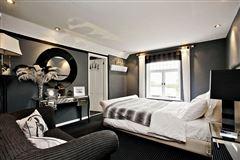 Luxury real estate Ouseley Farmhouse