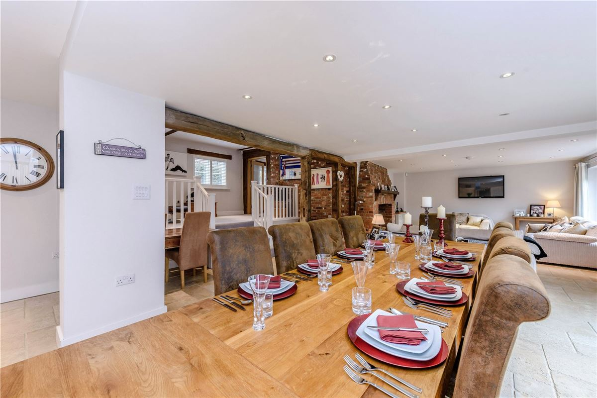 The Wagon Lodge luxury properties