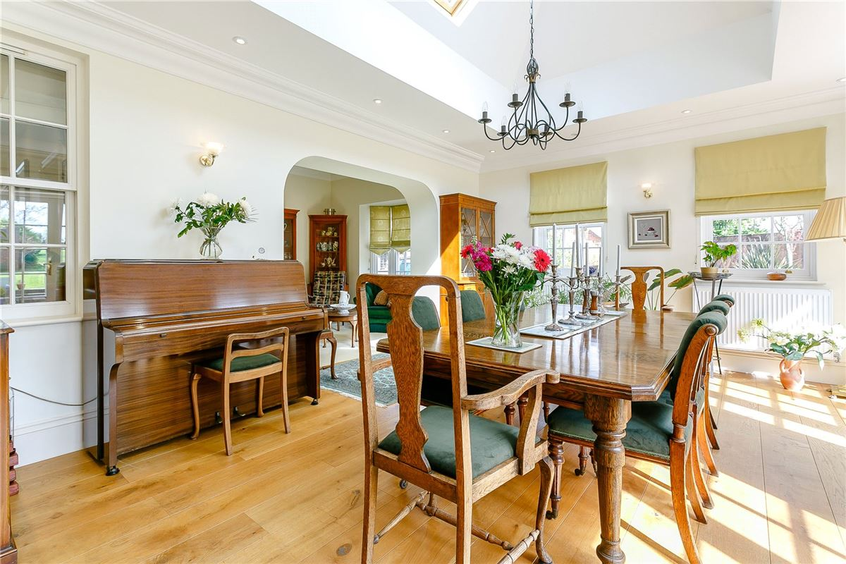 exceptional 5 bedroom family home  luxury homes