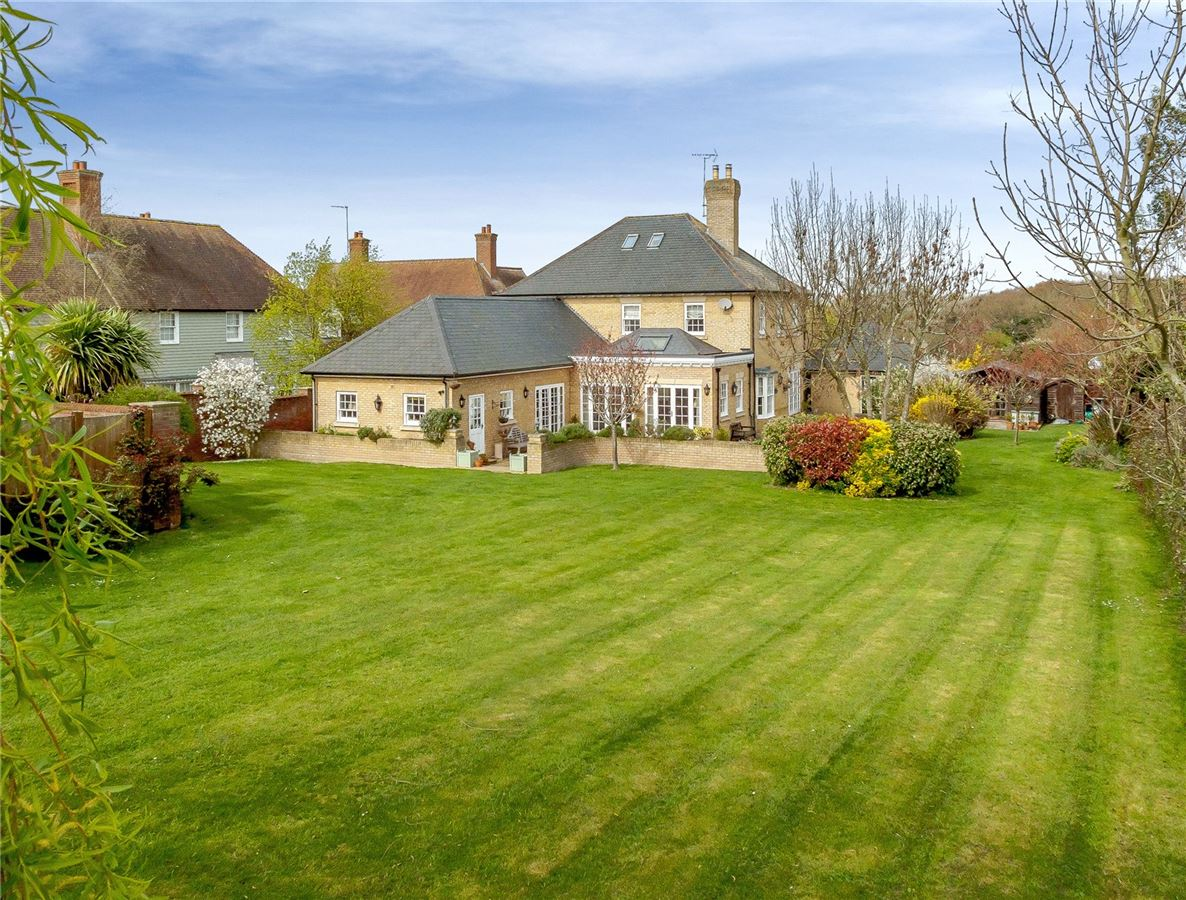 Luxury real estate exceptional 5 bedroom family home