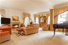 Luxury real estate Staverton Manor