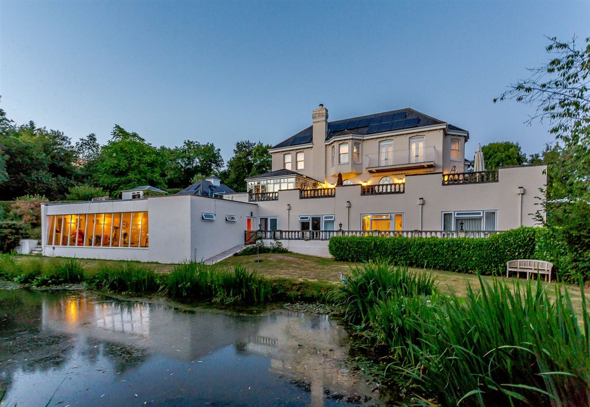 Staverton Manor luxury real estate