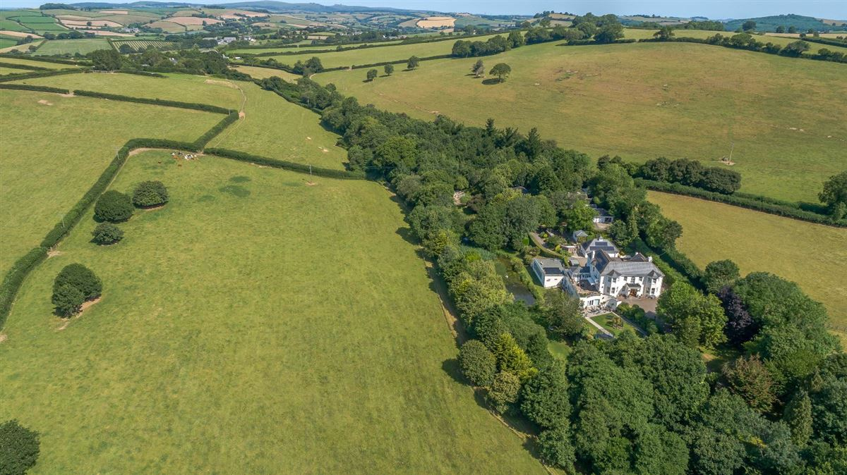 Staverton Manor luxury properties