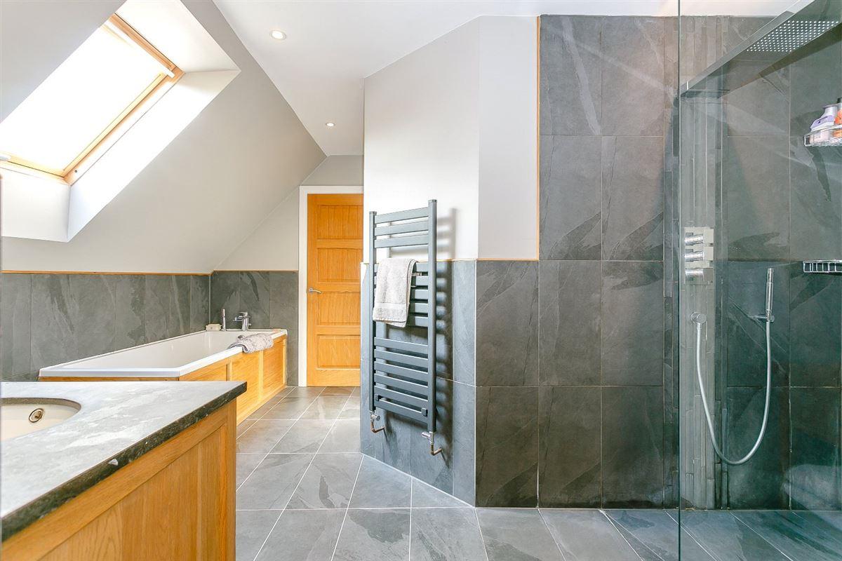 Lower Shuckers luxury properties