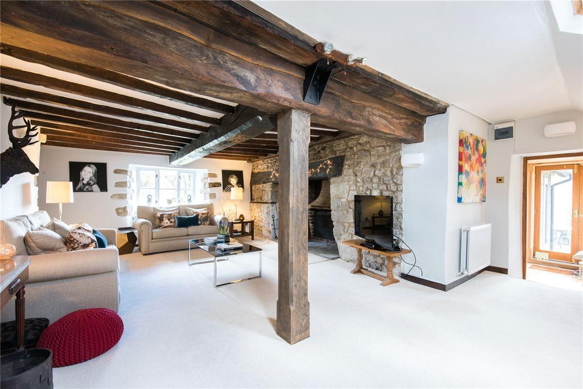 Luxury real estate Harcourt Farm